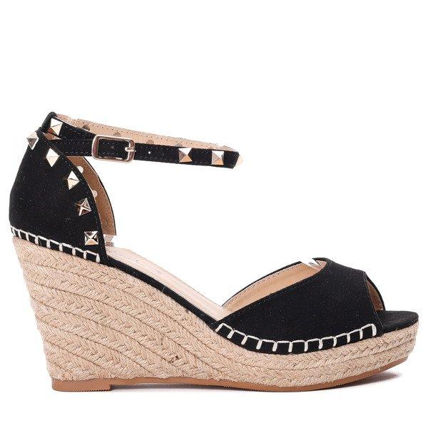0be5465c Czarne sandałki na koturnie z ćwiekami Alberta - Obuwie - Czarny ...