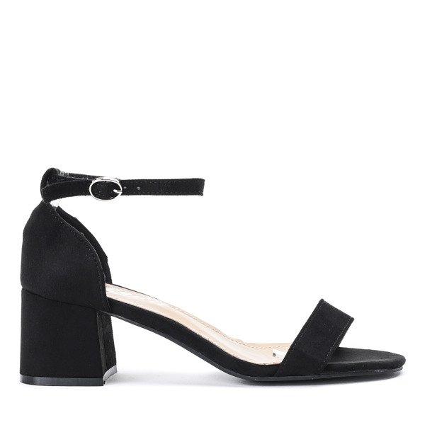 e986b9aeeeb13c Czarne sandały na niskim słupku Roxeta - Obuwie - Czarny ...