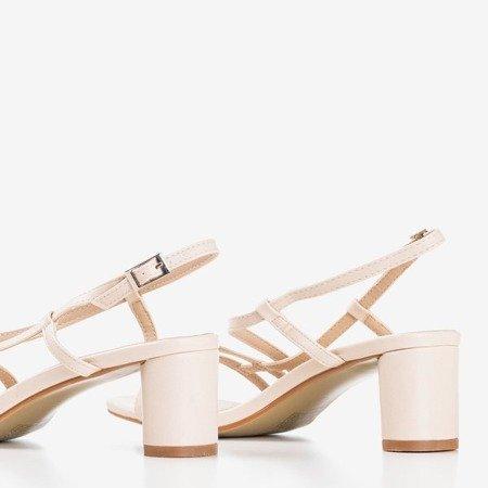 Beżowe damskie sandały na niskim słupku Marina - Obuwie