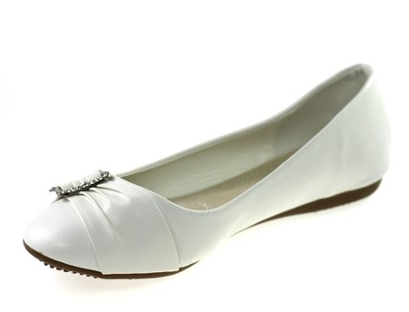 Białe balerinki z klamrą Lossiena - Obuwie