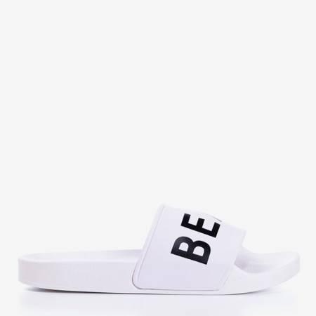 Białe gumowe klapki z czarnym napisem Please - Obuwie