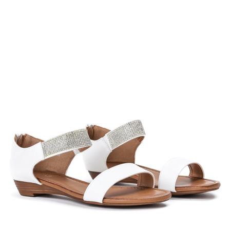 Białe sandały na niskiej koturnie Acellia - Obuwie