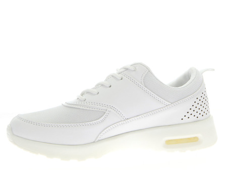 Białe, sportowe buty - Obuwie