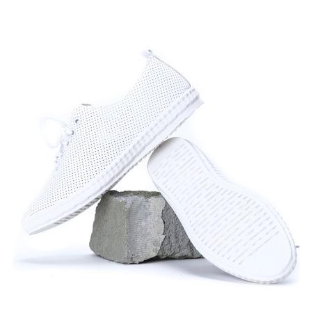Białe tenisówki ażurowe z haftem Seallie - Obuwie