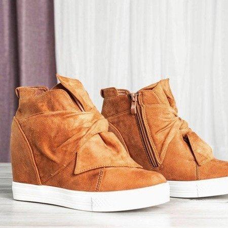 Brązowe damskie sneakersy na krytym koturnie Astana - Obuwie