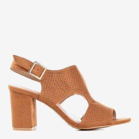 Brązowe sandały damskie na wyższym słupku z cholewką Itemsa - Obuwie