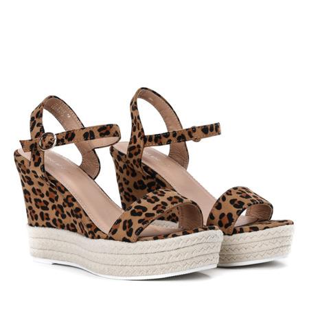 Brązowe sandały na koturnie w panterkę Jokin - Obuwie