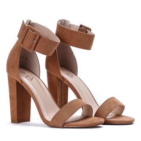 Royalfashion.pl sandały damskie z klamrą na obcasie