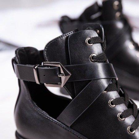 Czarne botki na płaskim obcasie z wycięciem Locca - Obuwie
