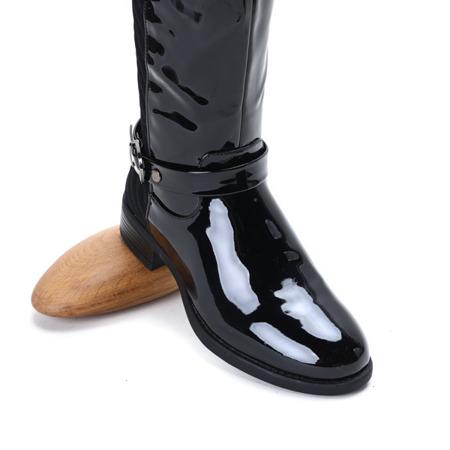 Czarne kozaki lakierowane Trap Queen - Obuwie