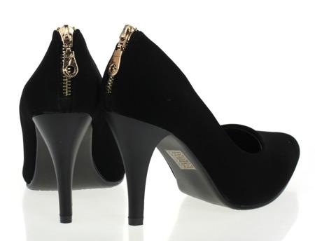 Czarne, lakierowane czółenka  - Obuwie