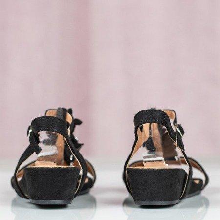 Czarne sandały na koturnie Millagros - Obuwie