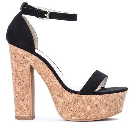 Czarne sandały na słupku Venia - Obuwie