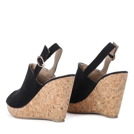 Czarne sandały na wysokiej koturnie Leonara - Obuwie