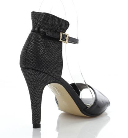 Czarne sandały z imitacją zwierzęcej skóry - Obuwie