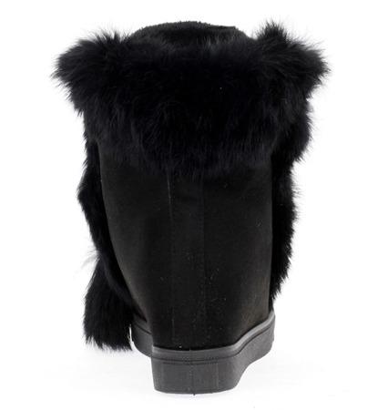 Czarne sneakersy z futerkiem - Obuwie