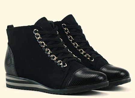 Czarne, sznurowane botki - Obuwie
