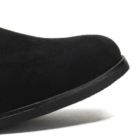 Czarne, zamszowe botki  - Obuwie