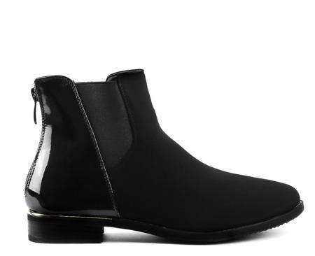 Czarne, zamszowe botki z lakierowanymi wstawkami - Obuwie