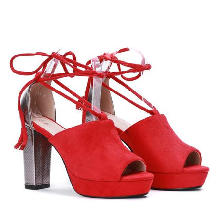 Czerwone sandały na słupku z wycięciem i wiązaniem Shirley - Obuwie