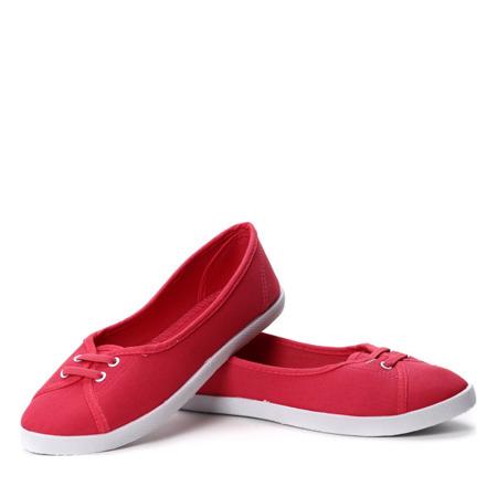 Czerwone tenisówki typu slip on - Obuwie