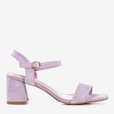 Fioletowe sandały damskie z błyszczącym wykończeniem Mira - Obuwie