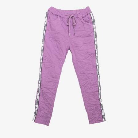 Fioletowe spodnie dresowe z lampasami - Odzież