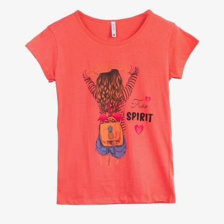 Koralowy t-shirt damski z kolorowym printem - Odzież