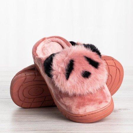 Różowe kapcie z podobizną pandy Panda - Obuwie