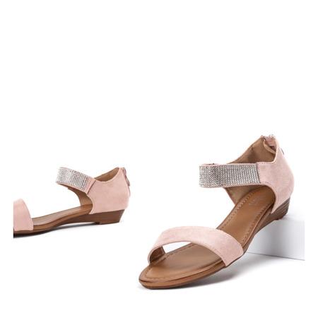 Różowe sandały na niskiej koturnie Acellia - Obuwie