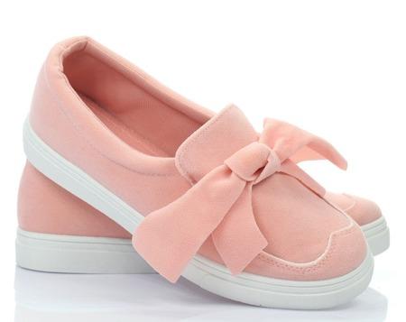 Różowe tenisówki z kokardką - Obuwie