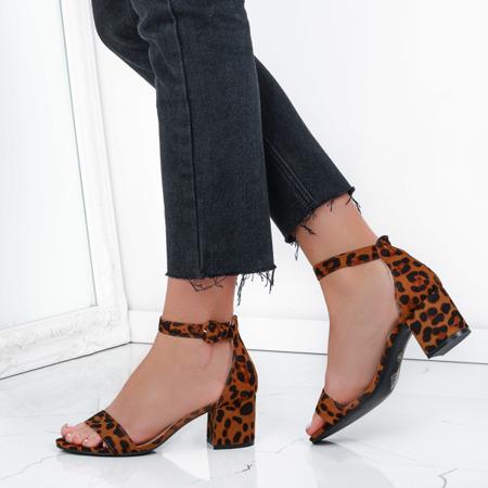Sandały na słupku w panterkę Madeleine - Obuwie