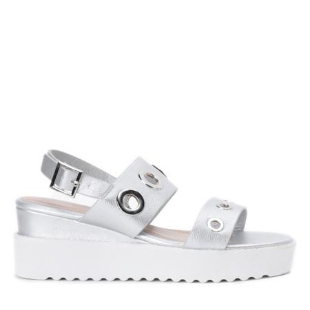 Srebrne sandały na platformie z przelotkami Angelo - Obuwie