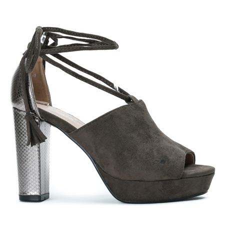 Zielone sandały na słupku z wycięciem i wiązaniem Shirley - Obuwie