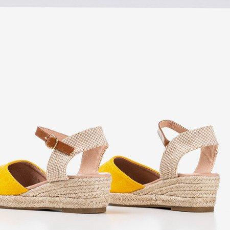 Żółte sandały na koturnie a'la espadryle Pylunia - Obuwie